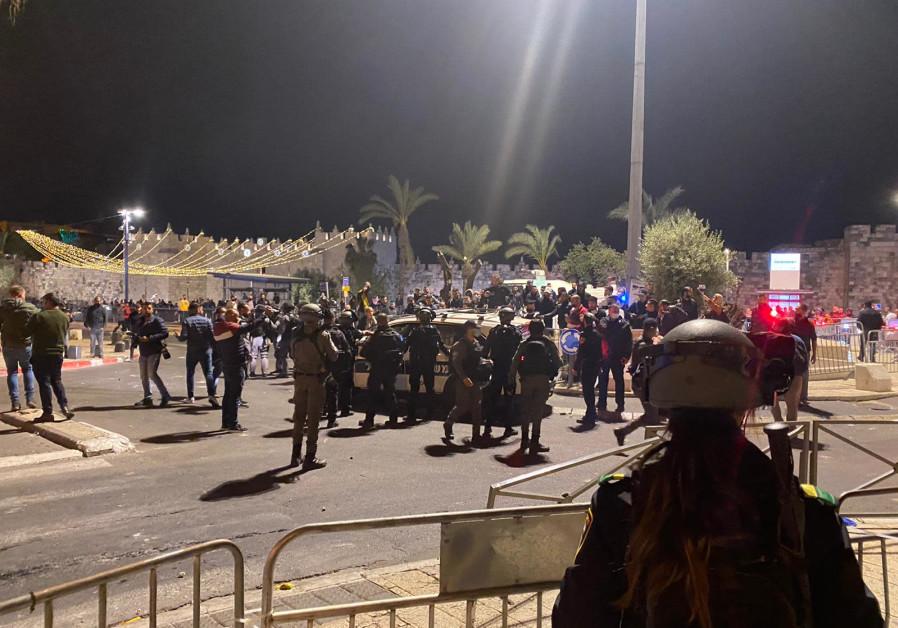 Protesters at Damascus Gate. (Credit: SETH J. FRANTZMAN)