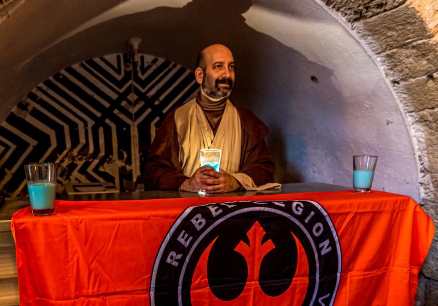 """""""Komandan"""" dari calon penerus Legiun Pemberontak adalah Yaron Fiegenson, atau yang juga dikenal sebagai: Jedi Master Obi-Wan Kenobi. (Kredit: Ofer Moldova)"""