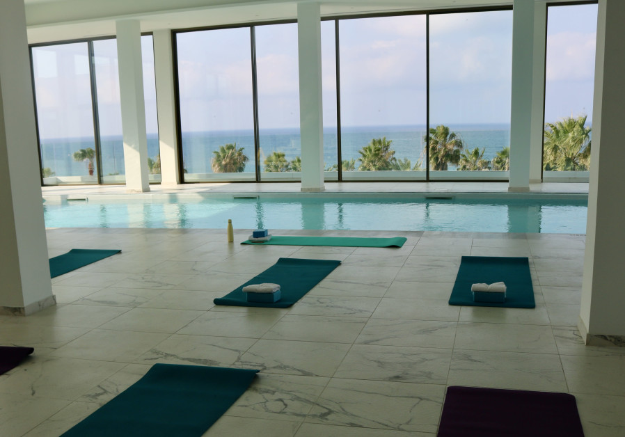 Sea-View yoga at the Annabelle Hotel in Paphos (Photo credit: Hadassah Brenner).