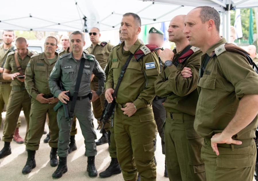 IDF Chief of Staff Lt.-Gen. Aviv Kohavi holds a situational assessment at the Salem base in the Menashe Regional Brigade, Sunday, May 9, 2021. (Credit: IDF Spokesperson's Unit)