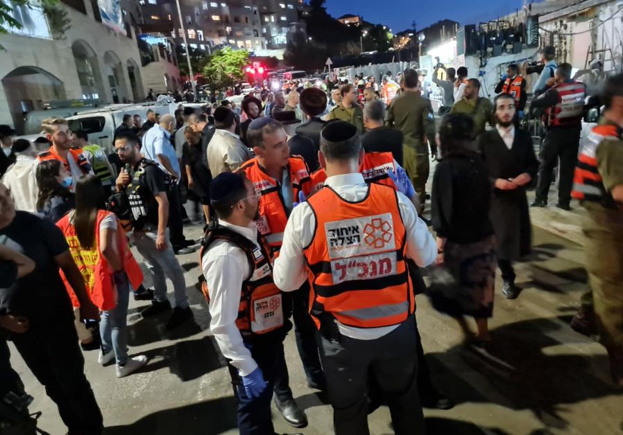 United Hatzalah volunteers at the Givat Ze'ev synagogue on Sunday, May 16, 2021. (Credit: AHMAD SHAWIKI/UNITED HATZALAH)