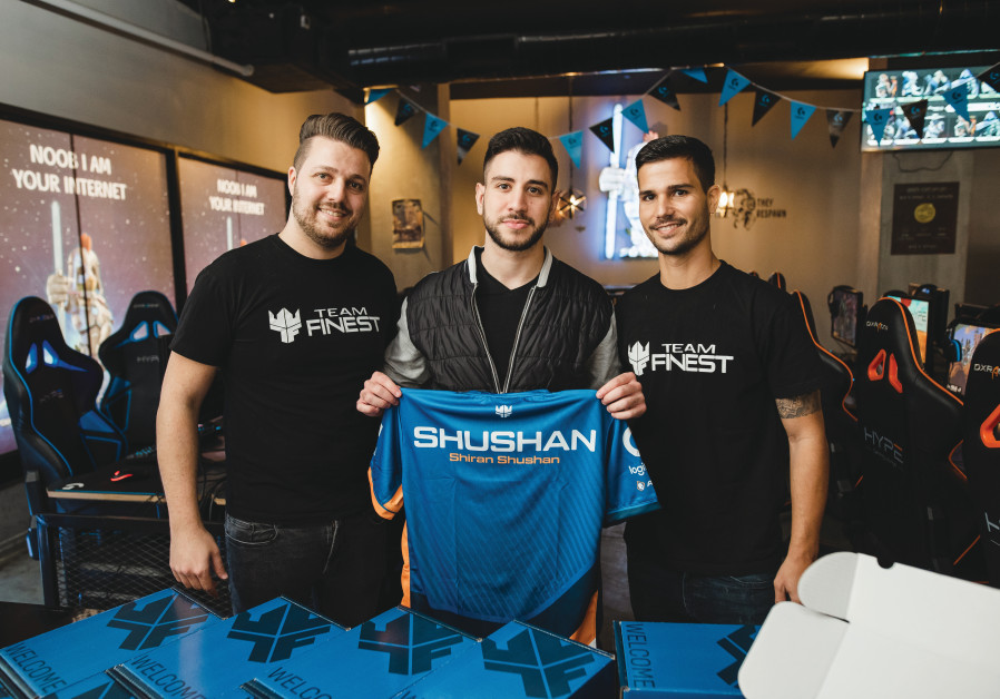 'CS:GO' player Shiran Shushan and Team Finest CMO Yotam Nachshon. (OR GLICKMAN)
