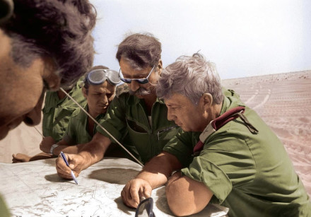 RETIRED GENERAL Amnon Reshef with the late Ariel Sharon during the Yom Kippur War.
