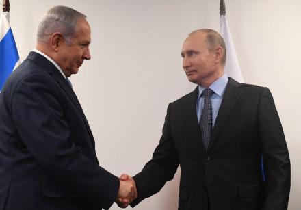 Israeli Prime Minister Benjamin Netanyahu meets Russian President Vladimir Putin in Moscow