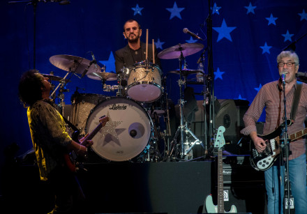 Ringo Starr performs in Tel Aviv with Steve Lukather (left) and Graham Gouldman.