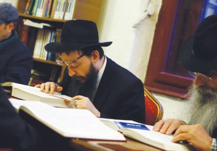 ORTHODOX JEWS study Talmud in Budapest in 2012
