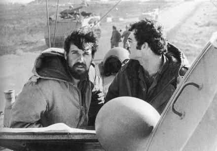 Battalion commander Ami Morag (left) leading his tanks in Sinai in the Yom Kippur War