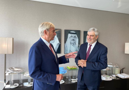 L-R: NBB CEO National Bank of Bahrain Jean-Christophe Durand and Bank Hapoalim CEO Dov Kotler meet