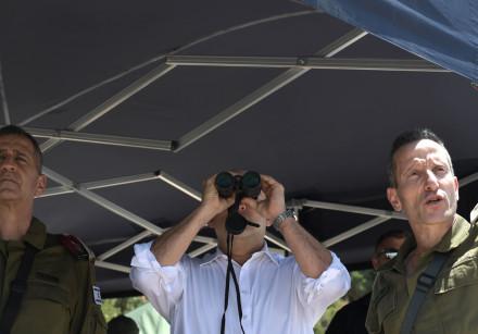 PM NAFTALI BENNET and IDF Chief of Staff Lt.-Gen. Aviv Kohavi during tour in Israel-Lebanon border,