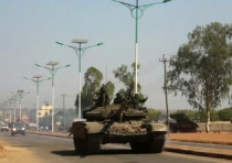 A military tank in the South Sudanese capital Juba December 16, 2013.