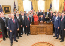 President Donald J. Trump receives the Friends of Zion Award with faith leaders in the Oval Office a