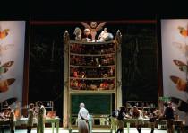 PRIZE-WINNING director Atom Egoyan presents Mozart's 'Cosi Fan Tutte,' set in a girls' finishing sch