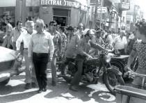 PRIME MINISTER Yitzhak Rabin and Tel Aviv mayor Shlomo Lahat walk down Herzl Street in Tel Aviv in 1