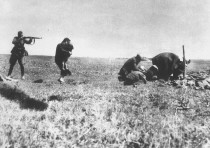 EINSATZGRUPPEN OFFICERS murder Jews in Ivanhorod, Ukraine, in 1942