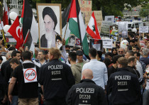 Demonstrators attend an 'al-Quds Day' protest rally in Berlin, Germany, July 11, 2015
