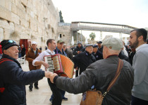 Holocaust survivors celebrate their bar mitzvah at the Western Wall, Jan. 2020