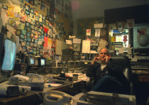 Mickey Gurdus in his Tel Aviv studio in 1990