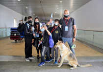 A family of olim who came to Israel during the coronavirus crisis on June 9