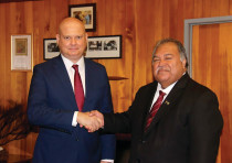 Ambassador Fabrizio Bozzato with former president of the Republic of Nauru, Baron Divavesi Waqa
