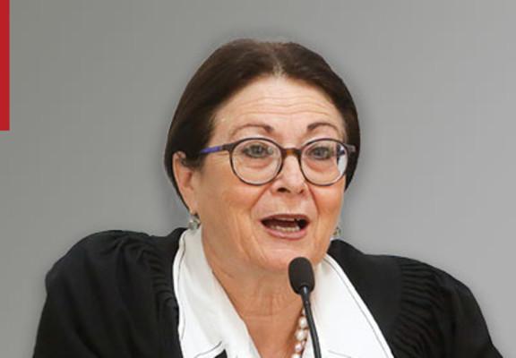Esther Hayut