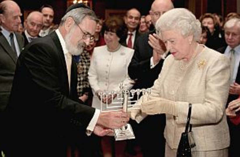 queen and jews 298 88 (photo credit: AP)