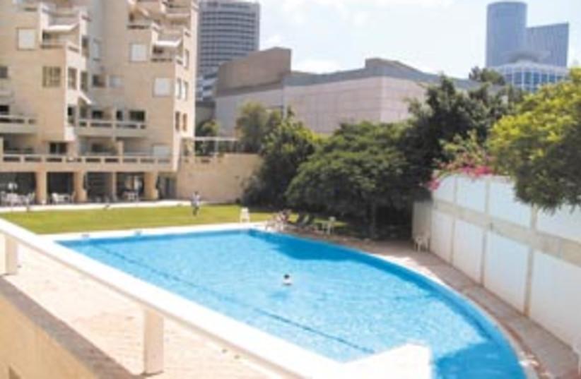 tel aviv property 88 298 (photo credit: Courtesy Remax Platinium Tel Aviv)
