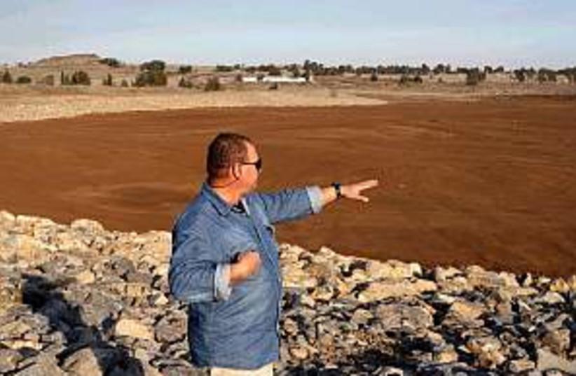 golan water reservoir (photo credit: Ariel Jerozolimski)