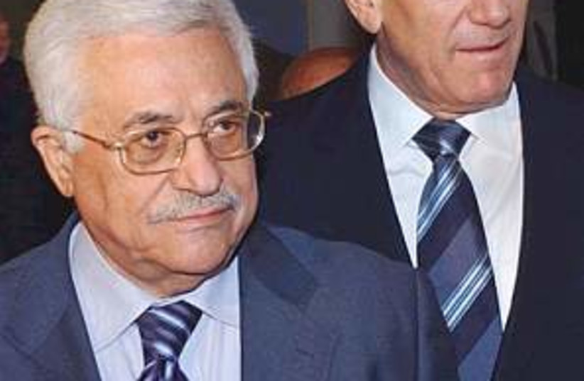 olmert abbas close 298.8 (photo credit: AP [file])