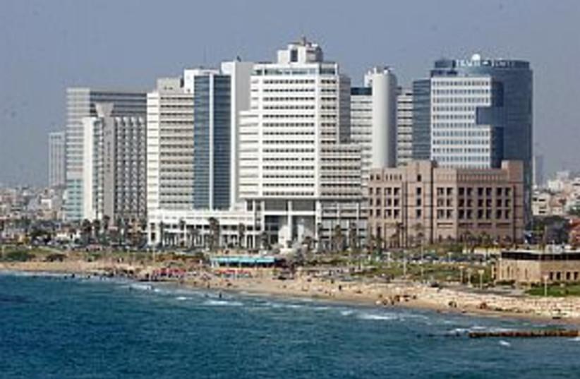 tel aviv shore 298.88 (photo credit: Ariel Jerozolimski)