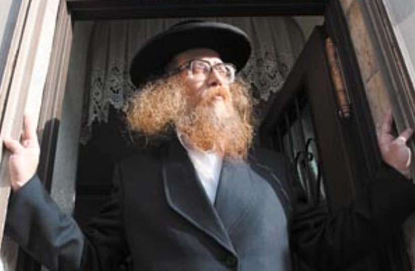 yisrael hirsch 88 298 (photo credit: Ariel Jerozolimski)