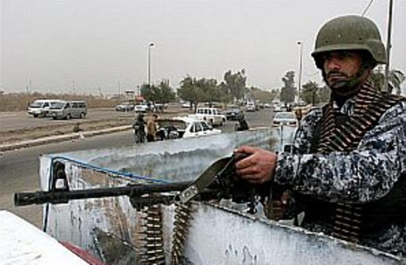 iraqi soldier 298.88 (photo credit: AP)
