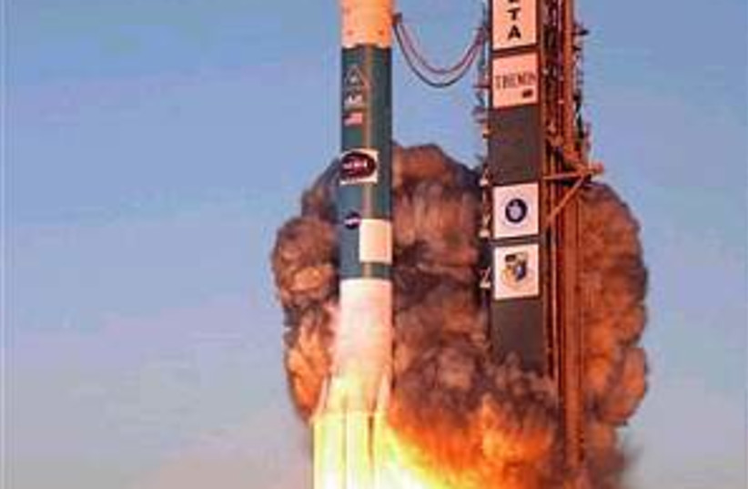 rocket launch 298.88 (photo credit: AP)