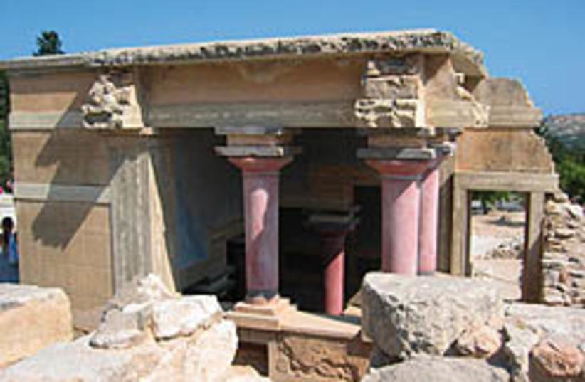 crete synagogue 248.88 (photo credit: STEPHEN GABRIEL ROSENBERG)