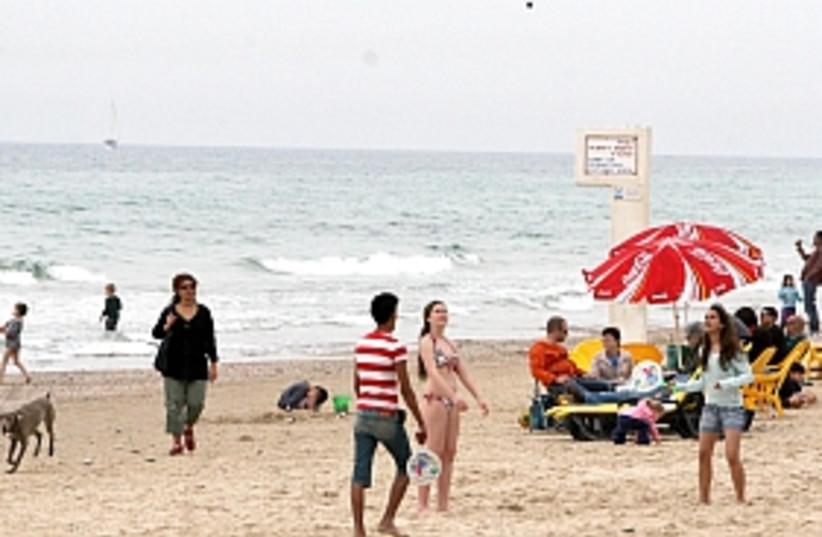 Herzliya beach  298 (photo credit: Ariel Jerozolimski [file])