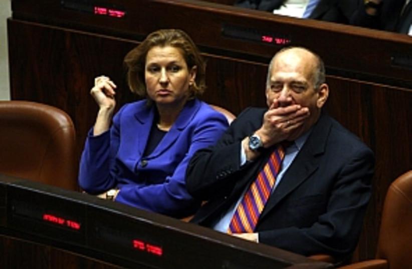 Livni Olmert 298 (photo credit: Ariel Jerozolimski [file])