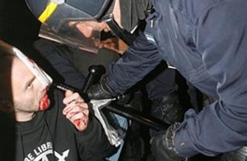 paris riots 298.88 (photo credit: AP)