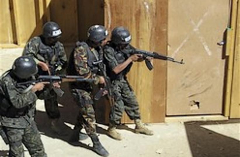 yemeni anti-terror soldiers 248.88 (photo credit: )