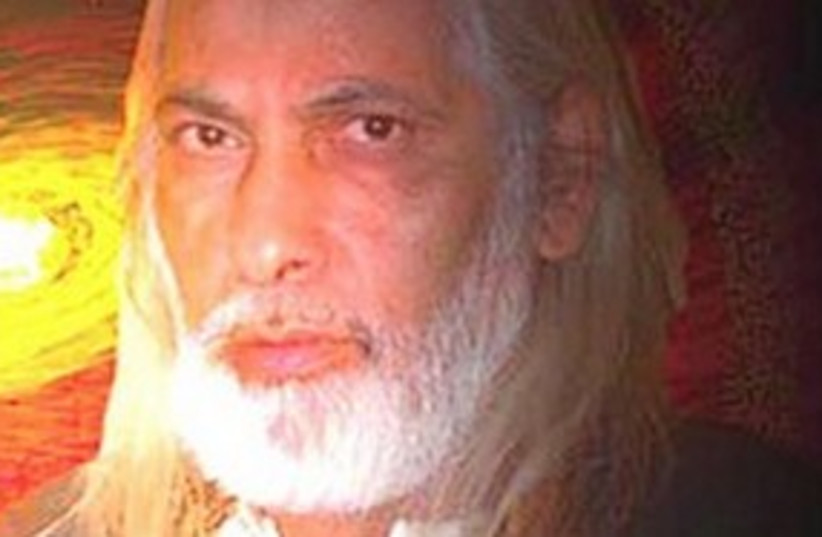 Self-styled spiritual 'guru' Goel Ratzon.  (photo credit: Channel 10 [file])