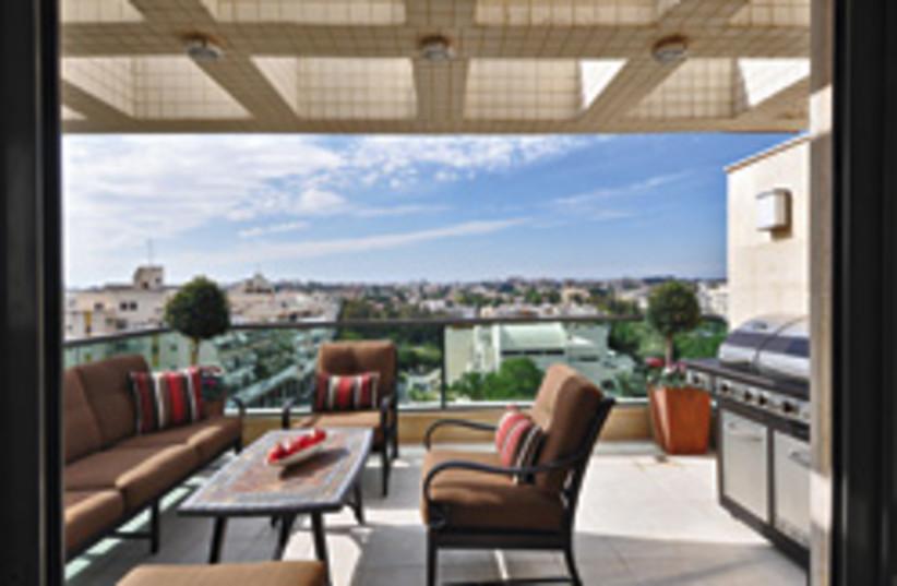 real estate view balcony 248 (photo credit:  Uriel Messa)