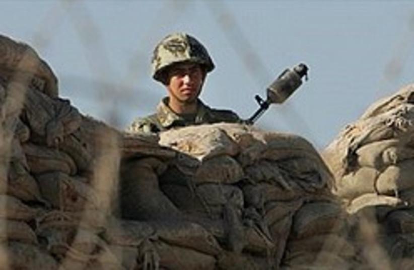 Egyptian border policeman 311 (photo credit: AP)