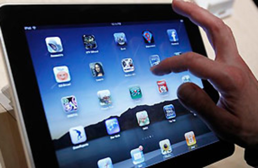 iPad Apple tech 311 (photo credit: AP)