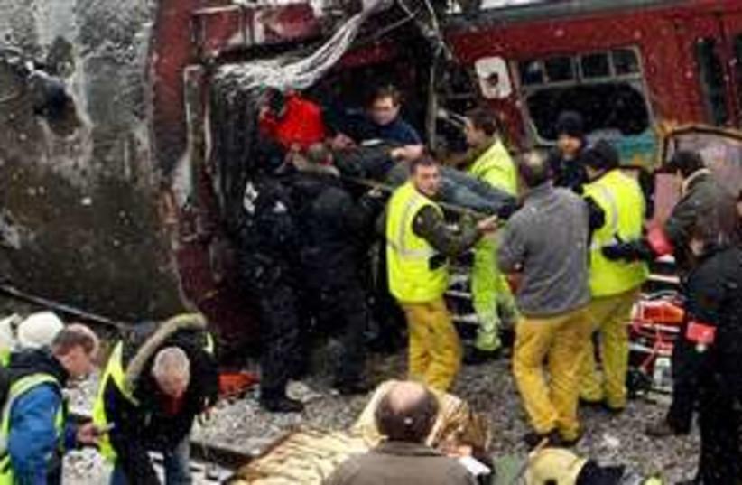 train crash 311 (photo credit: AP)