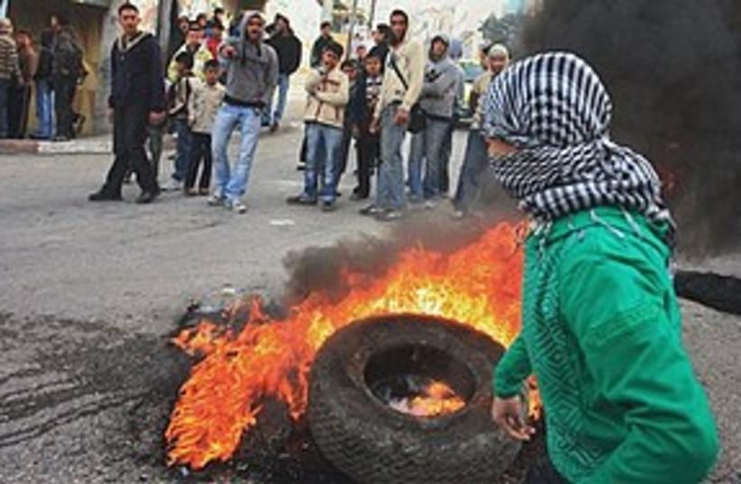 Hebron protests 311 (photo credit: AP)