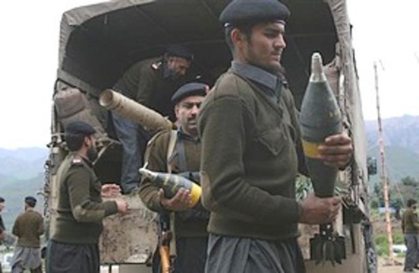 Pakistan's soldiers ammo 311 (photo credit: Associated Press)