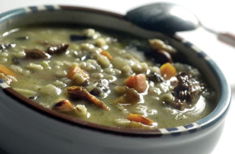 mushroom barley soup 311 (photo credit: Eric Mencher/Philadelphia Inquirer/MCT)