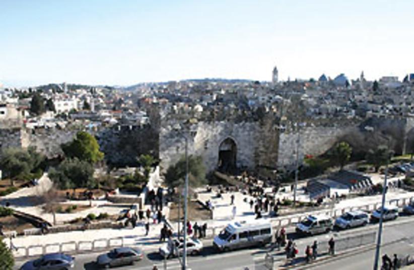 damascus gate 311 (photo credit: Shmuel Bar-Am)