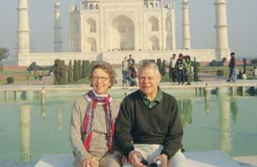 india mumbai travel 311 (photo credit: Suzanne Singer)