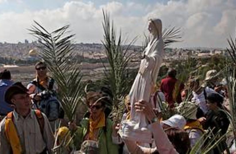 christian pilgrims 311 (photo credit: AP)