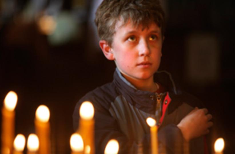mosow bombing memorial 311 (photo credit: AP)