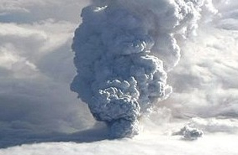 icelandVolcano311 (photo credit: ASSOCIATED PRESS)